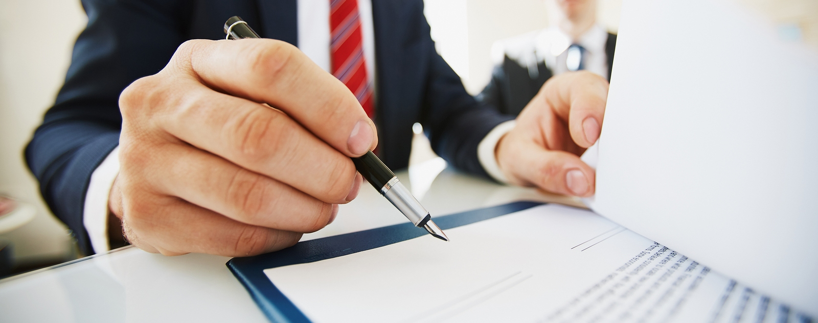Что необходимо учесть при распределении имущества при ликвидации ООО и АО
