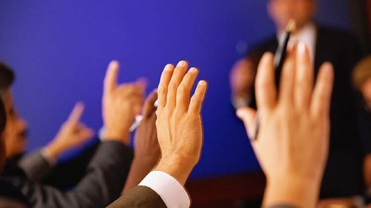 голосование акционеров по важнейшим вопросам собрания