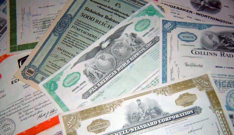Закон и выкуп 100% акций принудительно